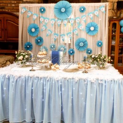 Украса за кръщене в Ресторант Родина. Декорация в синьо