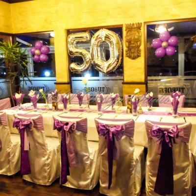 Украса за 50-годишен юбилей в лилаво в Ресторант Виктория