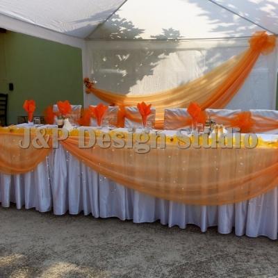 Сватбена украса в оранжево
