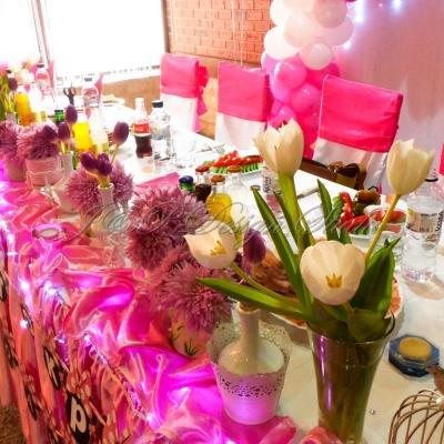Декорация за кръщене в розово и цикламено