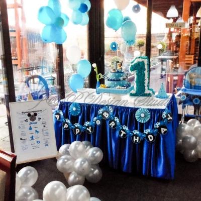 Декорация за детски рожден ден в синьо в Ресторант Йоли