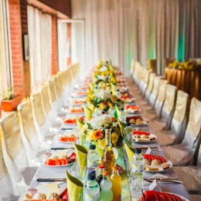 сватбена украса в ресторант приятели