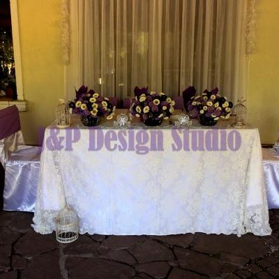 Декорация за сватба в лилаво